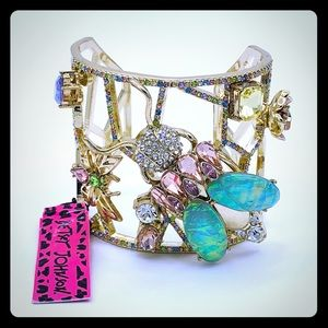 Betsey Johnson Floral Garden Bracelet NWT